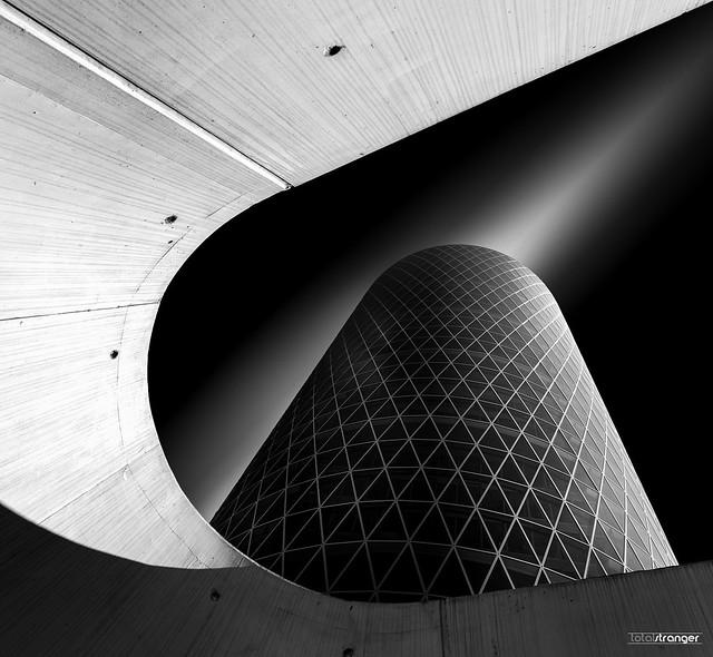 Archway Tower (v.2.0), Nikon D800, AF-S Nikkor 18-35mm f/3.5-4.5G ED