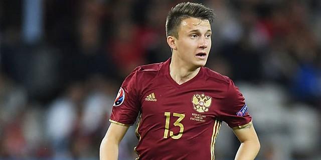 Aleksandr Golovin Tersanjung Dikaitkan Dengan Juventus