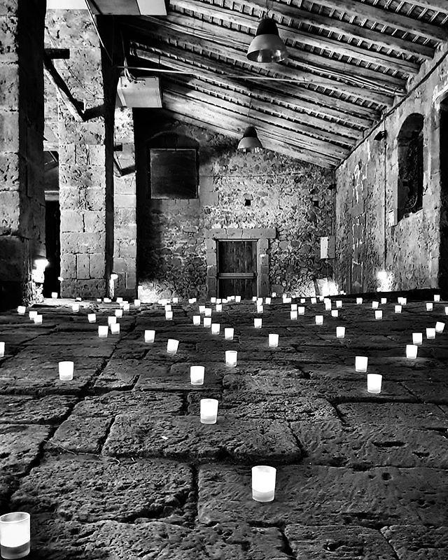 La tonnara #marzamemi #sicily #igers #igersitalia #blackandwhite #bw #candles #dark #lights #latonnara #photooftheday #picoftheday #beccacimmi #beccacimmiwedding #wedding