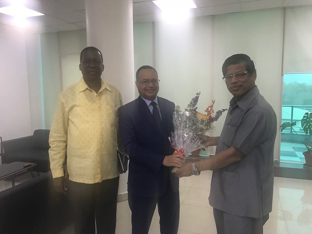 H. E. Mr. Ermindo Augusto Ferreira, High Commissioner of Mozambique Visited ISA Secretariat