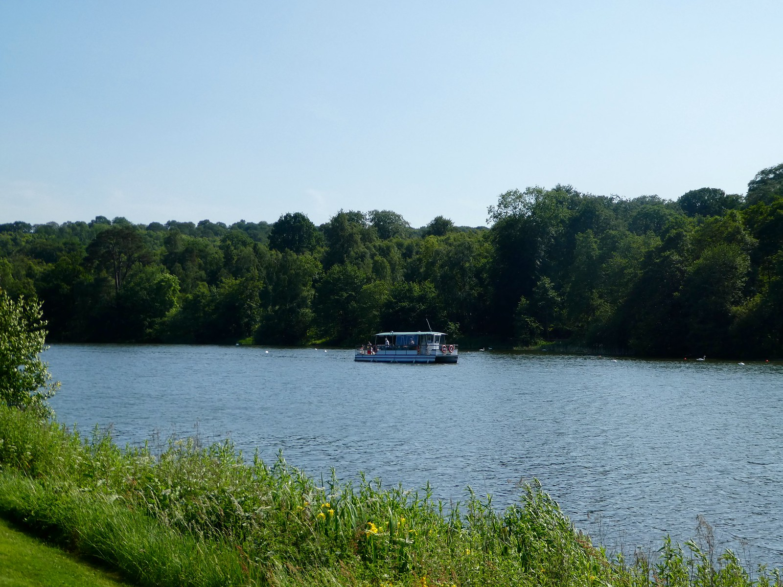 Miss Elizabeth catamaran on the Trentham Lake
