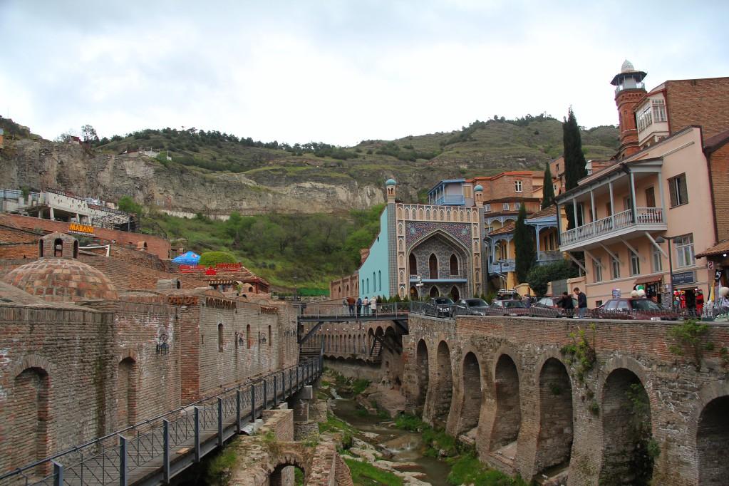 Тбилиси - Цминда Самеба, Абанотубани, Мимино, вино, шашлыки