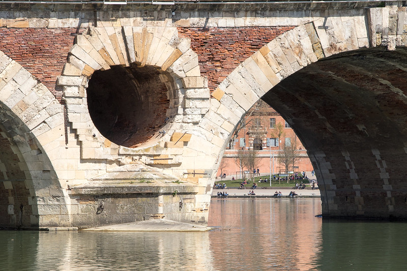 Détails du pont neuf de Toulouse