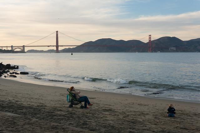 Beach near Palace of, Sony NEX-6, Sigma 30mm F1.4 DC DN | C 016