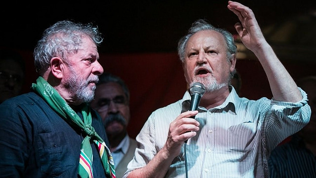 """""""Las masas deben ser protagonistas de la política y no mirar de brazos cruzados""""  - Créditos: Guilherme Santos"""