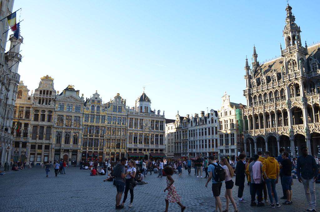 42 Брюссель