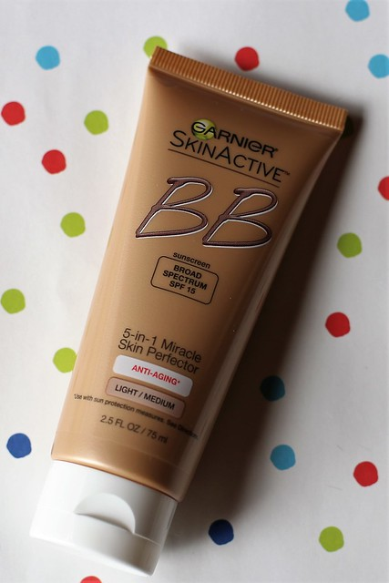 Garnier SkinActive BB Cream Anti-Aging 5-in-1 Miracle Skin Perfector with SPF 15