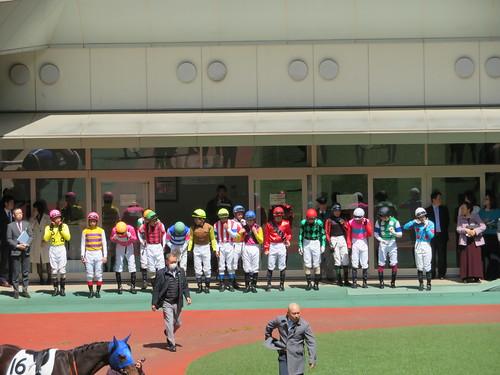福島競馬場のジョッキー整列