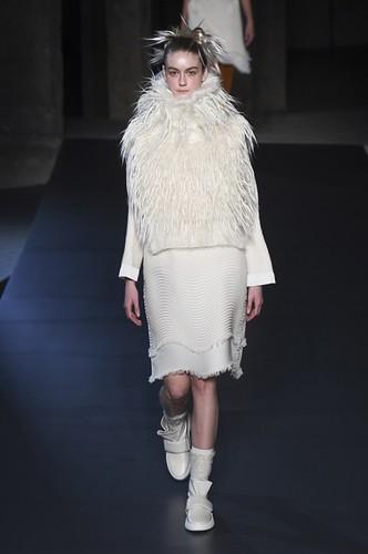 Issey Miyake Womenswear Fall/Winter 2018/2019 05