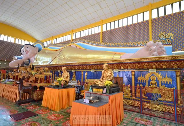 penang island itinerary travel guide reclining buddha Wat Chayamangkalaram
