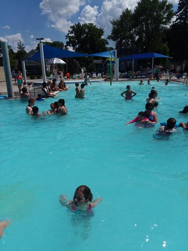 activity pool (4)