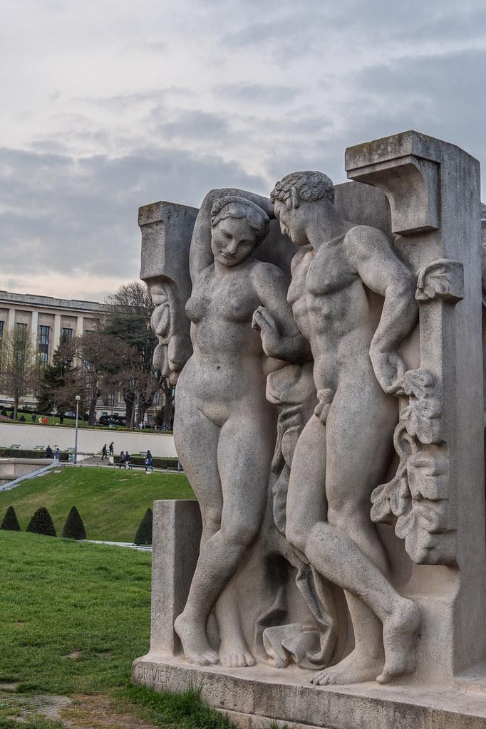 Adam et Eve... 40449847895_1357015291_b