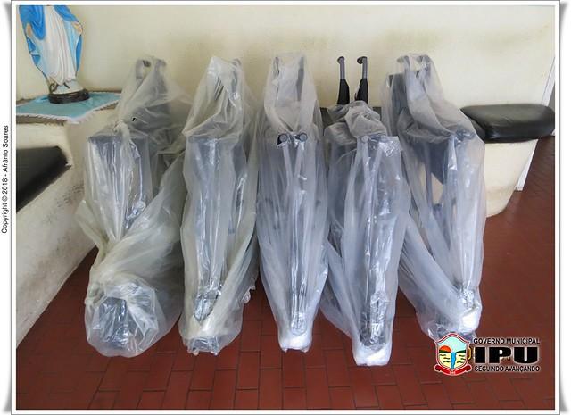 Grupo de Trabalho Social de Ipu entrega 08 cadeiras de Rodas para os pacientes do Projeto.