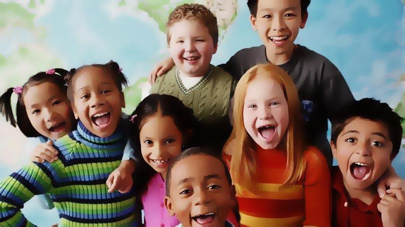 Ajarkan anak untuk berpikiran terbuka dan hargai perbedaan.