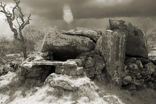 cavan megalithic dolmen moneygashel ireland portaltomb