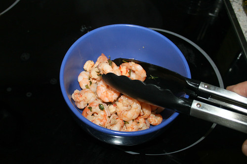 27 - Flusskrebsschwänze & Garnelen bei Seite stellen / Put crayfish tails & shrimps aside