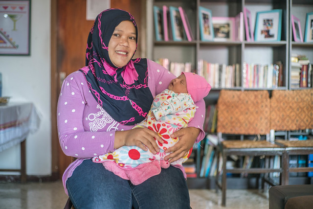 Pregnant mother, Indonesia
