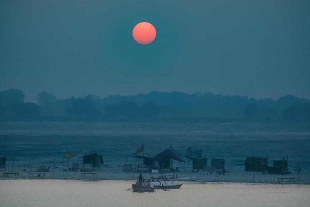 Sunrise at the Ganges, Fujifilm X-T2, XF55-200mmF3.5-4.8 R LM OIS