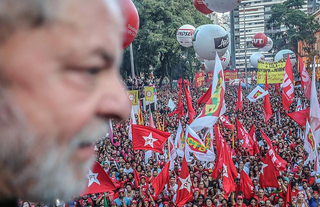 Ex presidente Lula participa de acto político en la Plaza de Sé, en São Paulo, en enero de este año  - Créditos: Ricardo Stuckert
