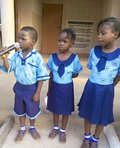 27624989_1557264567676517_41321465089The Young Readers Club of St Louis Nursery and Primary School, Bida, Nigeria,25062695_o-2