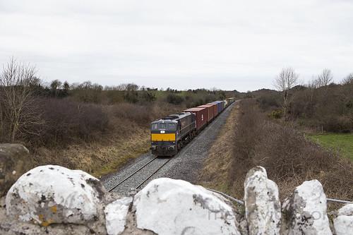 084 on up IWT liner near Clara 21-Mar-18