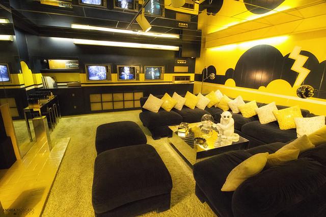 Elvis' TV Room at Graceland - Memphis (Tennessee)