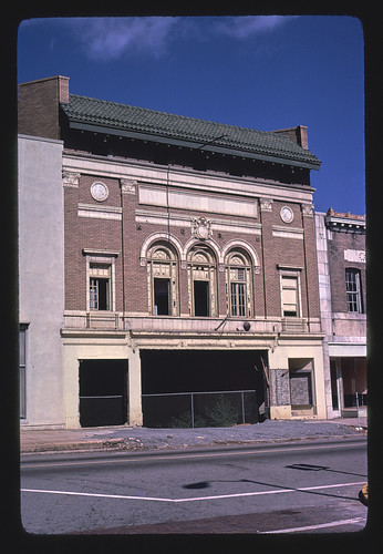 [Rialto Theater], Cotton Avenue, Macon, Georgia (LOC)