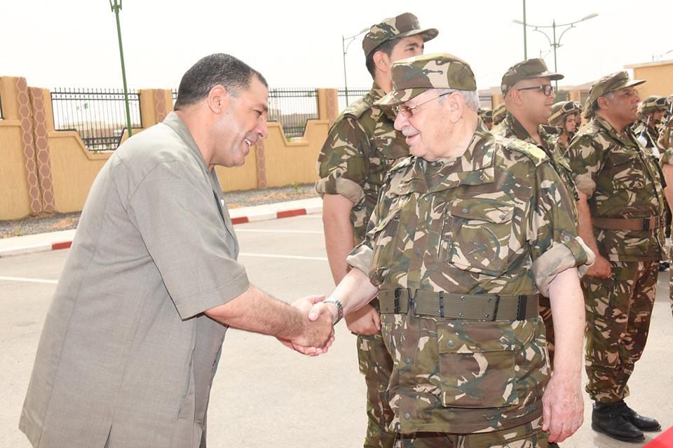 الجزائر : صلاحيات نائب وزير الدفاع الوطني - صفحة 21 40625504610_44e102febc_b