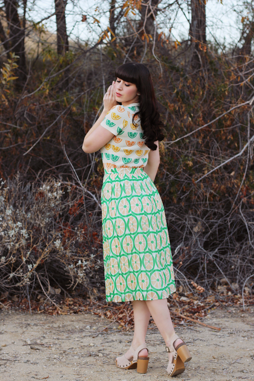 Modcloth Short-Sleeved Sweater in Citrus Modcloth Stroke of Genial Pleated Midi Skirt