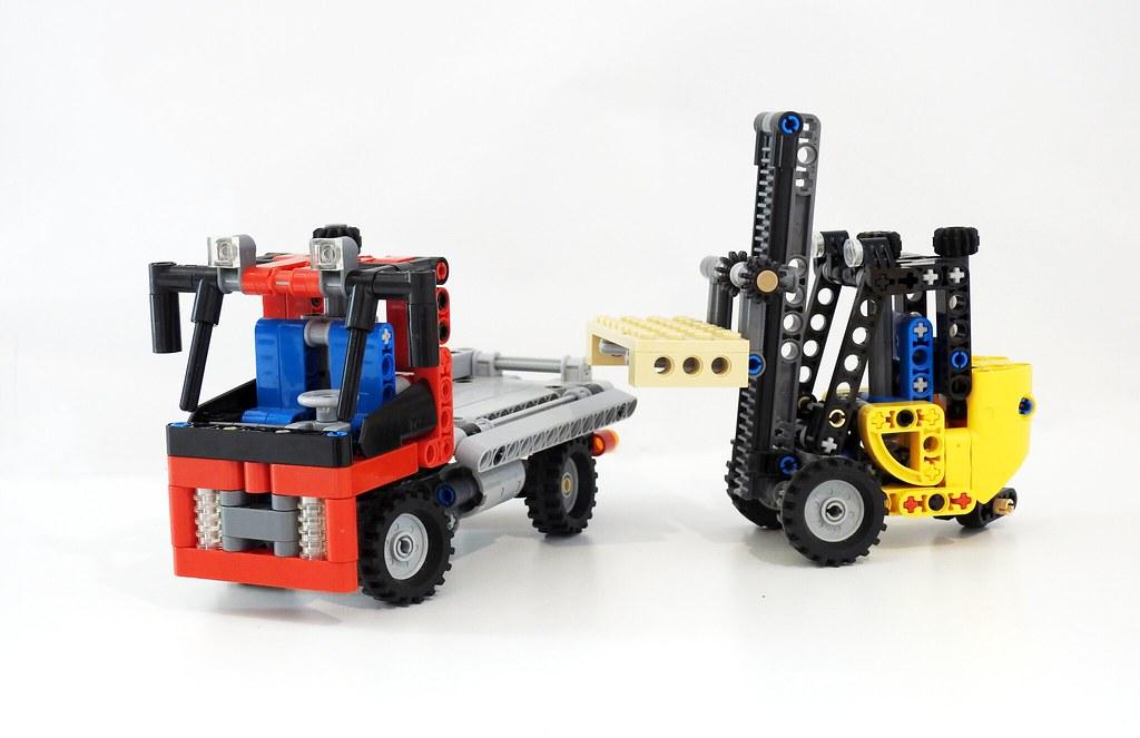 Micro Camion Et Chariot Elevateur