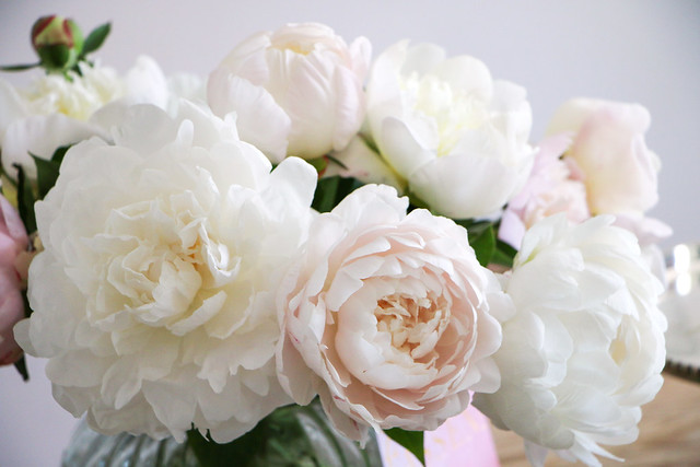 Royal Wedding Cake | fresh Peonies for Cake Decoration