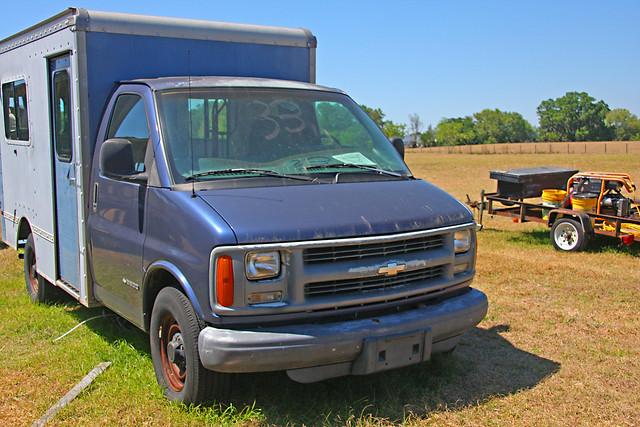 Chevrolet G3500 Emergency Vehicle (1 of 4)