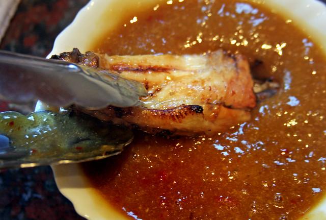Alitas de Pollo Laqueadas con Salsa de Mango y Miel (8)