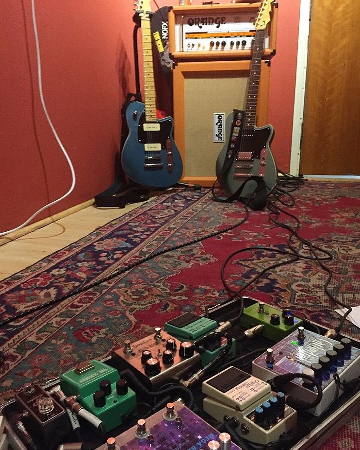 harker_guitarist_tony_ware_geared_up_pedals