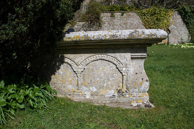 1708 table tomb, Loders Churchyard
