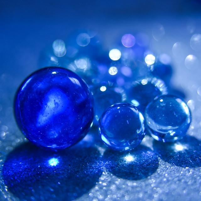 086/365: Blue Marbles, Nikon D750, AF Zoom-Nikkor 24-85mm f/2.8-4D IF
