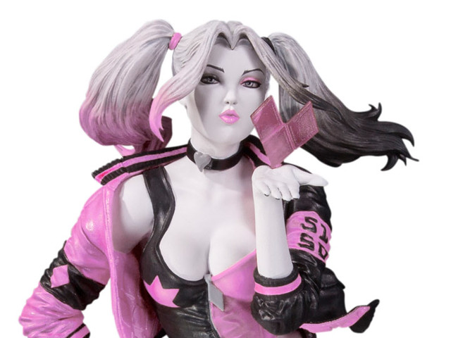 DC Collectibles - Harley Quinn Pink, White & Black Valentine's Variant by Stanley Lau Blows You a Kiss!