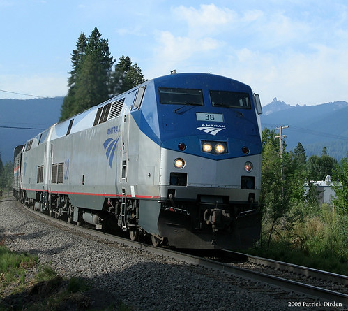 Coast Starlight at Mount Shasta