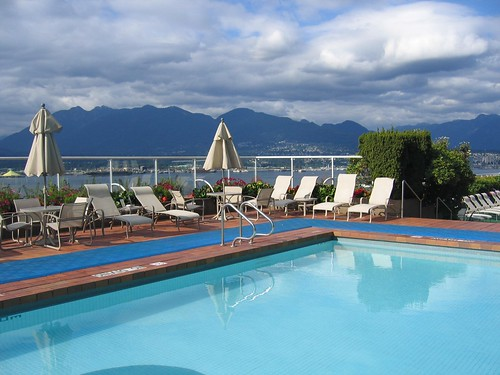 Try The Pan Pacific Vancouver 39 S Pool For Free This Summer Pan Pacific Vancouver