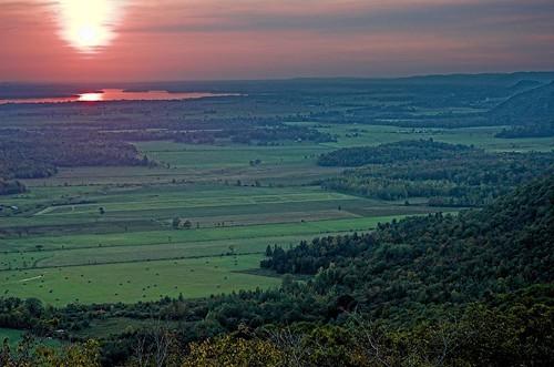 sunset canada landscape geotagged quebec gatineaupark ottawariver outaouais champlainlookout utataview geolat45508302 geolon75913339