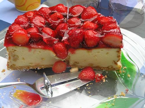 Mmmh - Erdbeerkuchen! / Strawberry Cake!