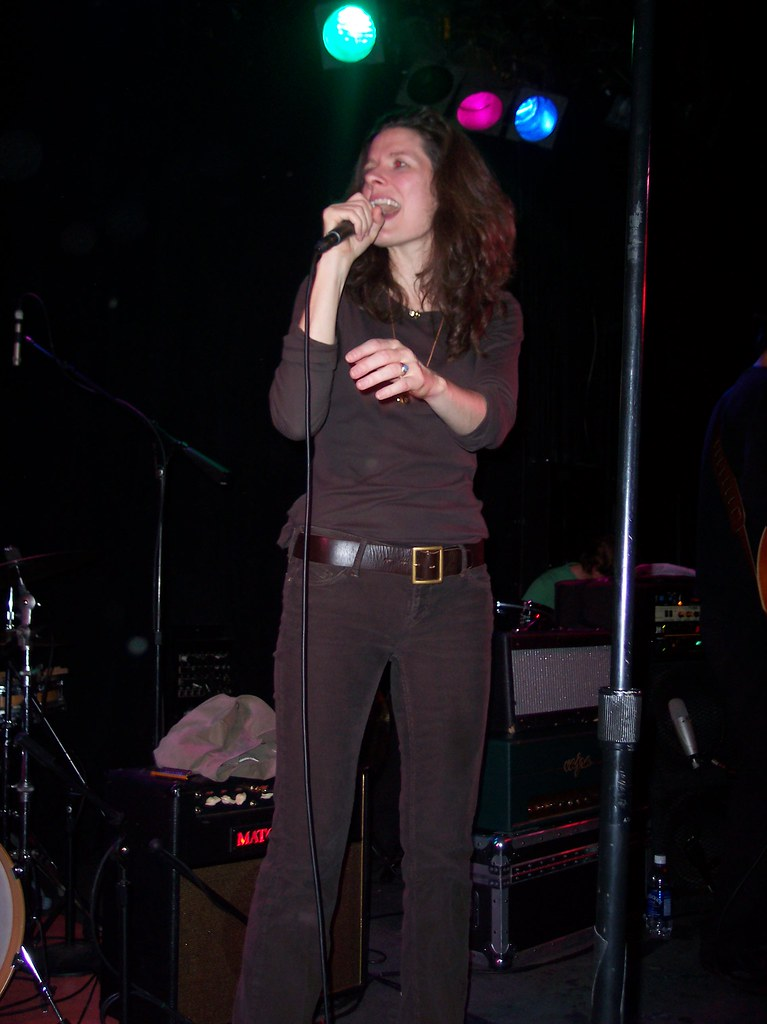 edie brickell | The Annex Madison Wisconsin October 24th, 20