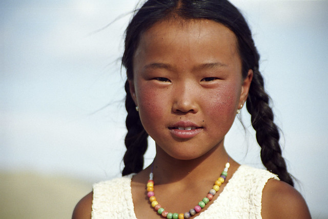 Mongolian Girl - a photo on Flickriver: http://www.flickriver.com/photos/_leonid/281769912/
