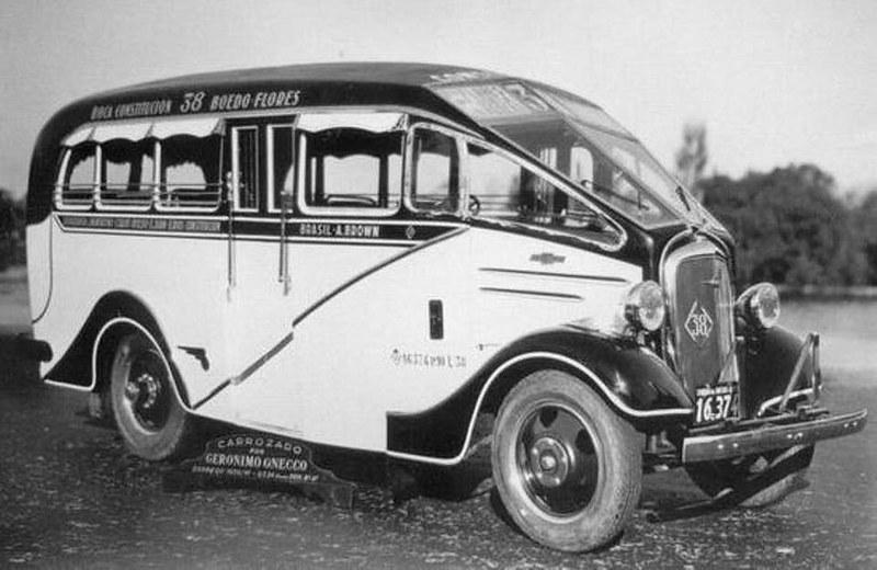 Vintage Brasílian Bus