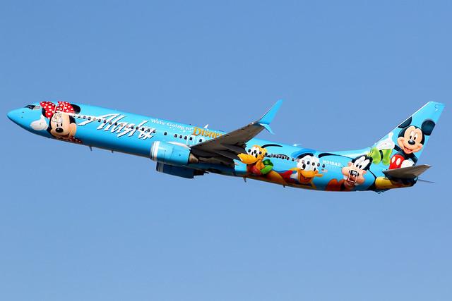Alaska Airlines | Boeing 737-900 | N318AS | Spirit of Disneyland | Los Angeles International