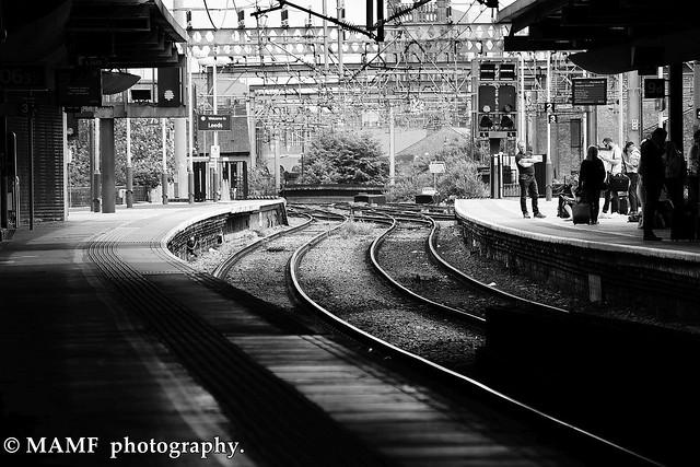 Leeds city station