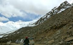 Driving the Khardung La Pass, Ladakh