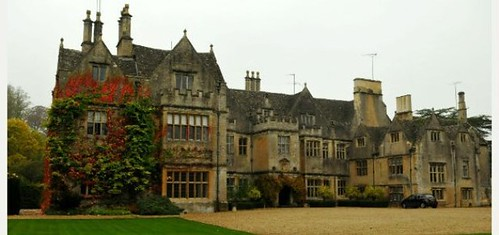 karen house - bibury court