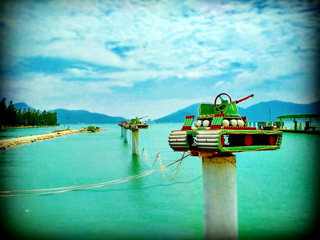 Straits of Malacca https://goo.gl/maps/sq6YBLaHPo12  #travel #holiday #traveling #trip #Asian #Malaysia #旅行 #度假 #亞洲 #馬來西亞 #วันหยุด #การเดินทาง #ホリデー #휴일 #여행 #праздник #путешествие #marinaisland #island #perak #travelMalaysia #島 #섬 #остров #เกาะ#Mountain