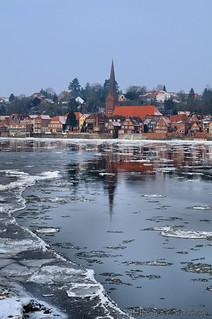 Eis auf der Elbe vor Lauenburg